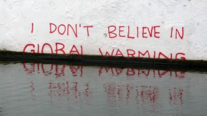 banksy-i-dont-believe-in-global-warming